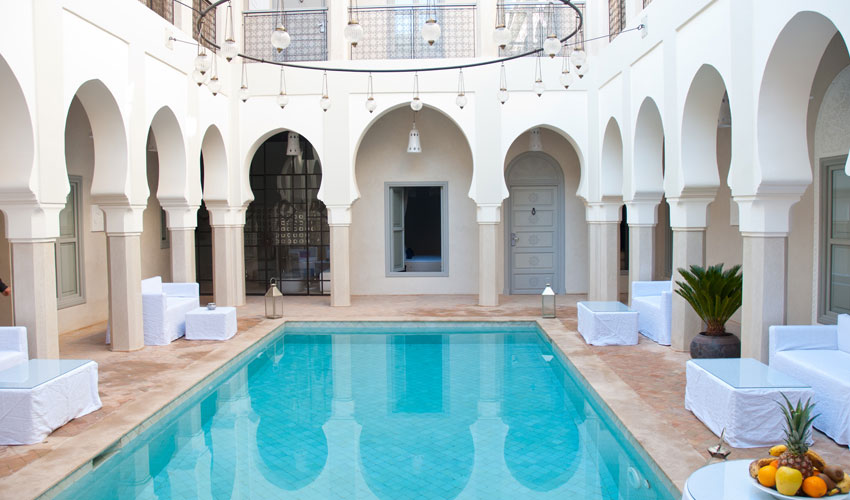 Riads riad nashira sur marrakech hotels for Riad piscine privee marrakech